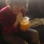 Frischgepresster Orangensaft zum Frühstück ... aus einem 1-Liter-Weckglas